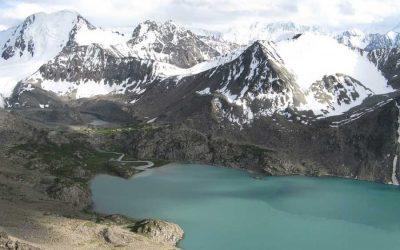 Le Kirghizistan, un pays de hautes montagnes, idéal pour le trek