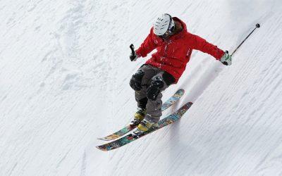 Faire du ski alpin pour affiner la silhouette ? Les étapes à suivre pour maîtriser ce sport